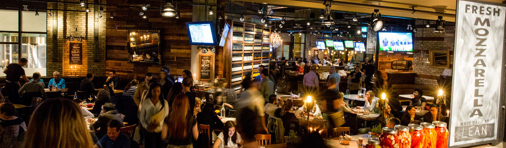 Scaddabush - Italian Restaurant Front Street Toronto